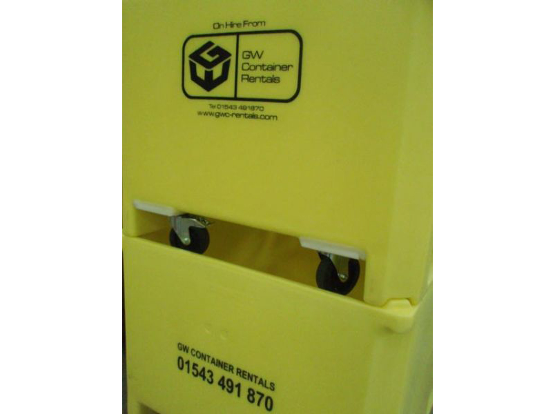 605 Litre Insulated Container with Wheels